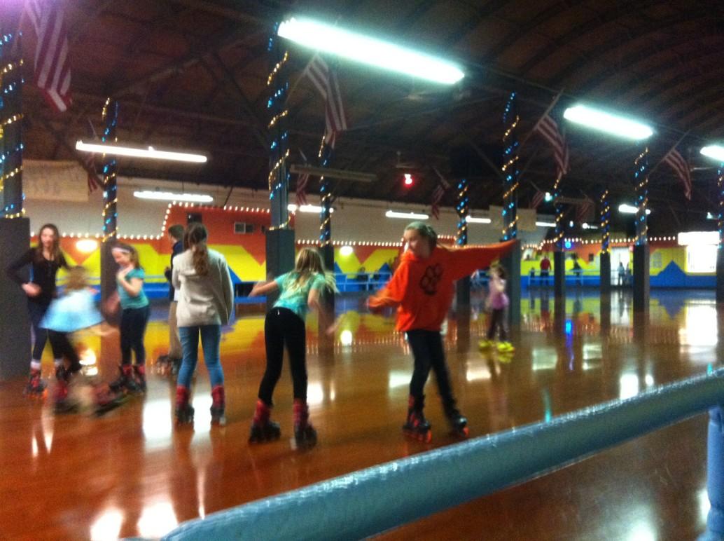 Roller skating rinks youngstown ohio - Skating Fun